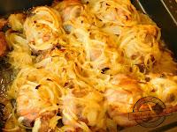 Zapiekana wątróbka z oscypkiem i śliwką suszoną zawinięta w boczku wędzonym danie obiad na niedzielę wątróbka na przyjęcia na ciepło potrawa