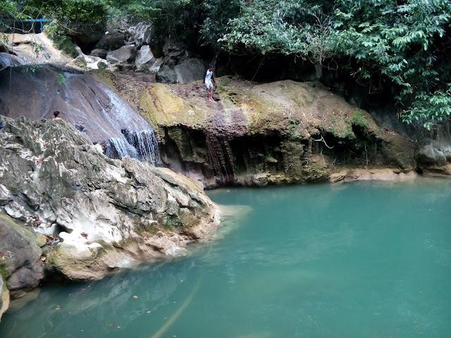 Air terjun Mon Ceunong