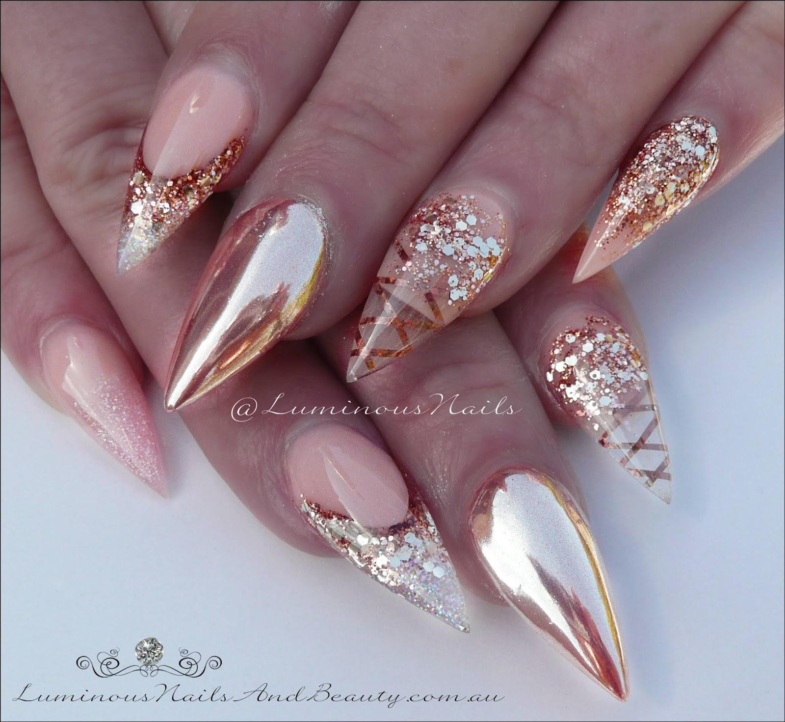 24c66b542bc0 50+ Great Stiletto Chrome Nails - best nail art