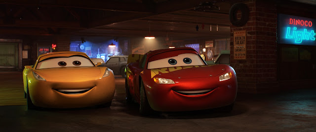 Cars 3 The Cotter Pin Bar with Lightning and Cruz