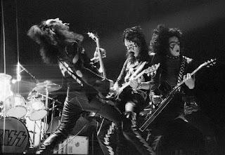 El grupo Kiss en 1974