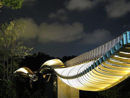 10 cây cầu có kiến trúc đẹp nhất trên thế giới-1