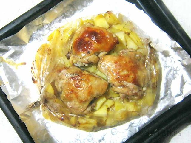 Курица с картофелем в рукаве для запекания