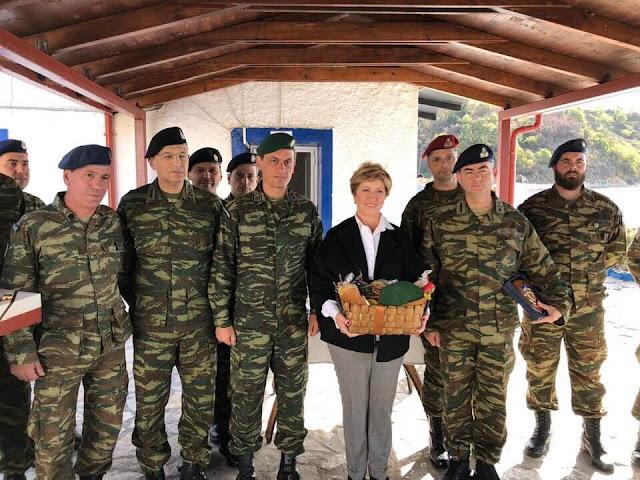 Θεσπρωτία: Στο φυλάκιο του Αετού στη Σαγιάδα βρέθηκε η υφυπουργός Εθνικής Άμυνας και ο αρχηγός ΓΕΣ αντιστράτηγος Αλκιβιάδης Στεφανής (+ΦΩΤΟ)