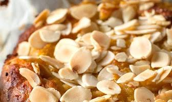 Paleo Apple Cake