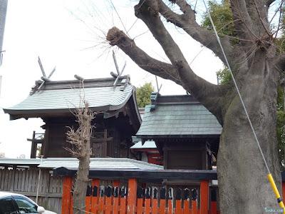 鼻川神社本殿