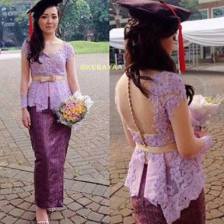 Contoh Kebaya Batik Usia Remaja