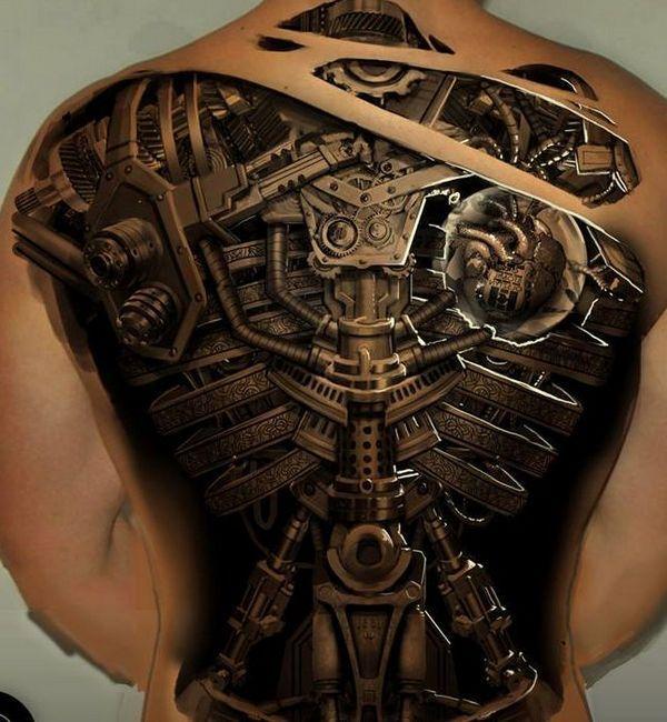 Tatuajes en la espalda biomecánico