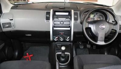 Interior Nissan X-Trail T31 Gen2