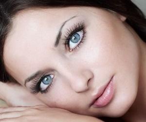 Negara Penghasil Wanita Bermata Biru Paling Cantik di Dunia