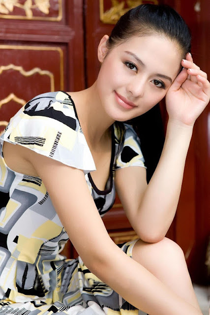 Most Beautiful Chinese Girls Wallpapers www.bestfashionpk.blogspot.com