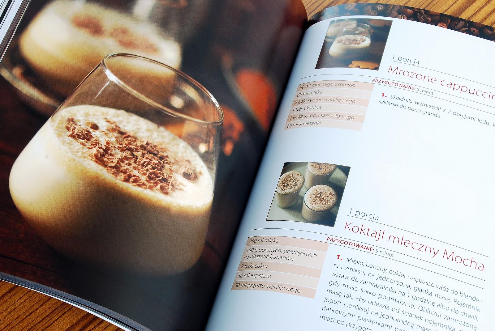Wnętrze książki, kawowe drinki