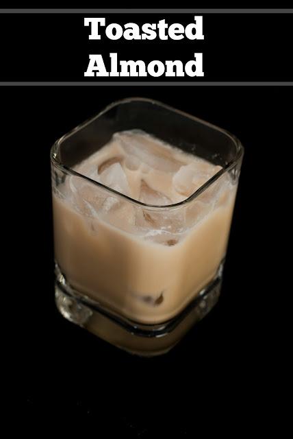 toasted almond, toasted almond picture, toasted almond photo, toasted almond image, amaretto liqueur, kahlua, coffee liqueur, cream