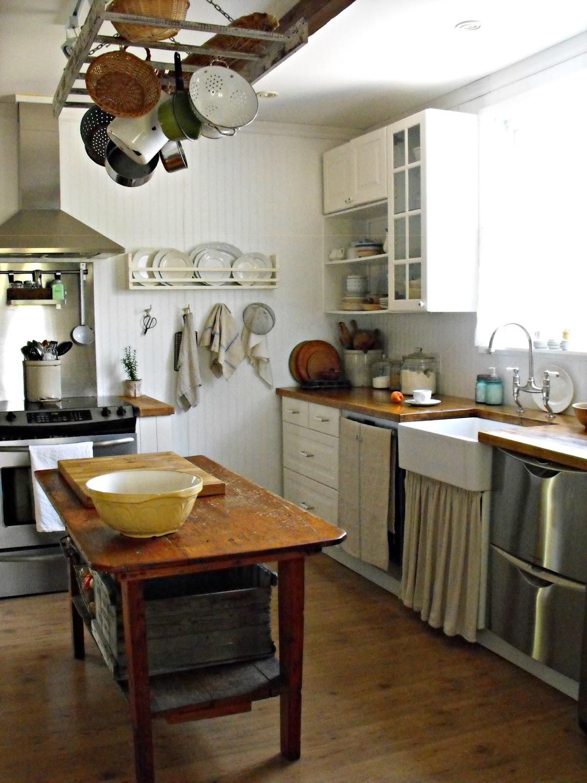 Rustic Farmhouse on Rustic Farmhouse Kitchen  id=63250