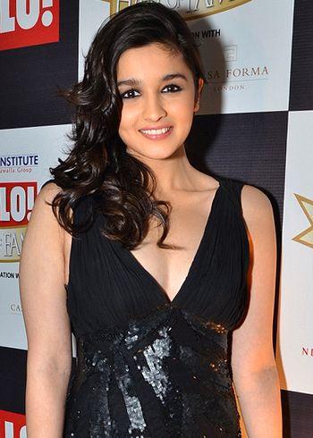 Top 10 Highest Paid Bollywood Actresses/Alia Bhatt