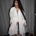 Nicki Minaj bares her cleavage in new photo