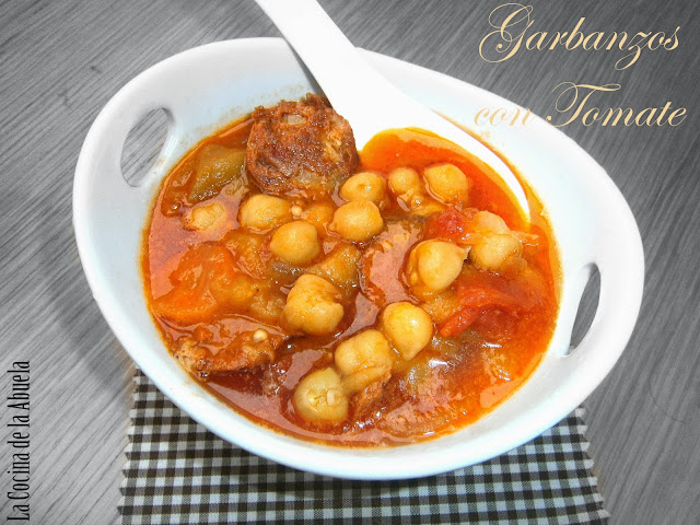 Garbanzos tomate