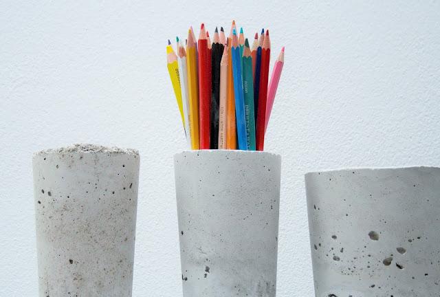 DIY betonová nádoba na tužky, váza