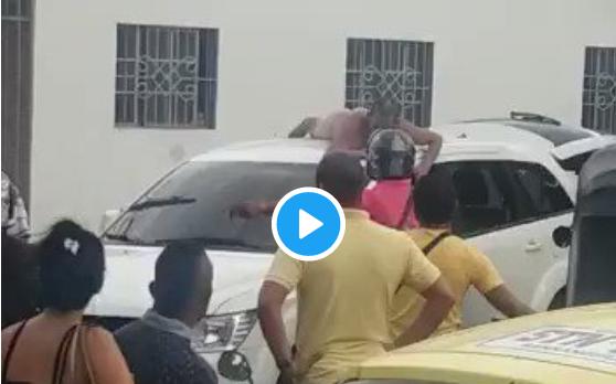 Vidéo - Trompée elle se venge en faisant défiler son mari infidèle nu dans la rue