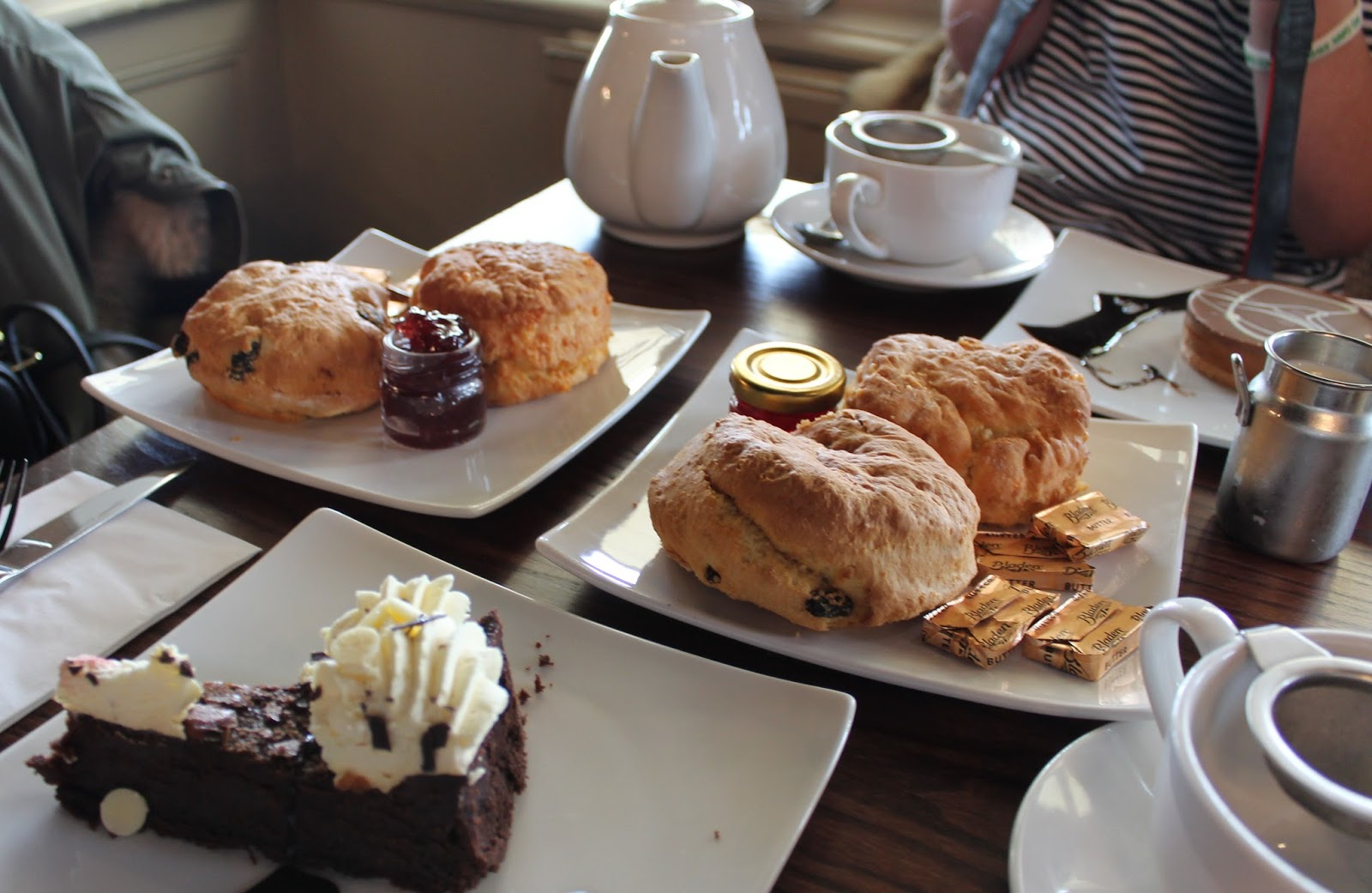 Let There Be Crumbs - Blogger Cake Club Review - Roker Sunderland