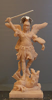 statuette religiose scolpite a mano artigianali colorate o da colorare orme magiche