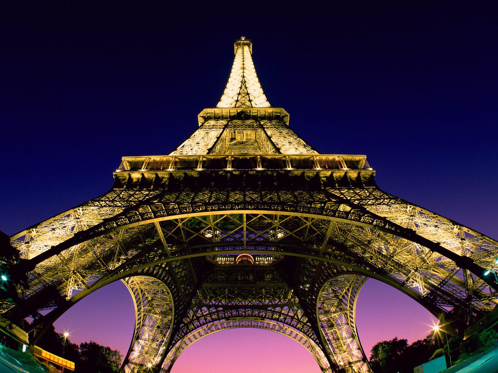 the eiffel tower in paris france. Black Bedroom Furniture Sets. Home Design Ideas