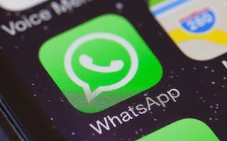 Bagaimana Cara Kirim Dokumen dan Aplikasi Menggunakan WhatsApp?
