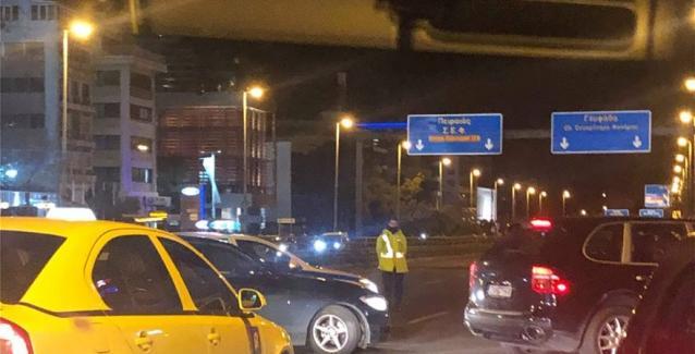 Έκλεισαν δρόμους για το κελεπούρι την Mέρκελ  - Κυκλοφοριακό κομφούζιο σε κεντρικούς δρόμους της Αθήνας