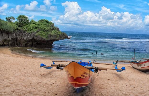 Pantai Ngandong Gunung Kidul Yogyakarta
