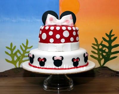 Dwen The Cool Things I Love Minnie Mouse Theme Cake