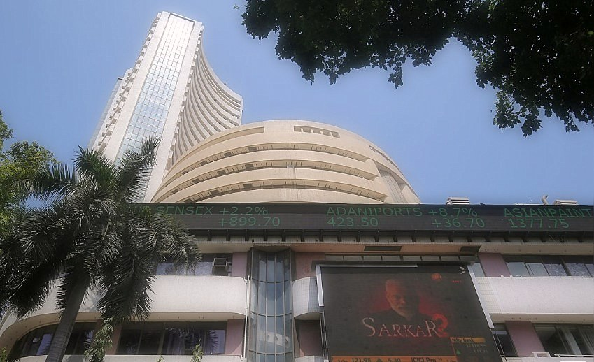 Indian stocks reached record levels; Rupees, bonuses wins as a Modi on track for a big win