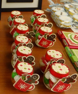 Penny tokens stampin spot christmas craft fair for Country christmas craft show