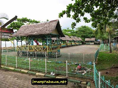Saung Makan Melayu Square