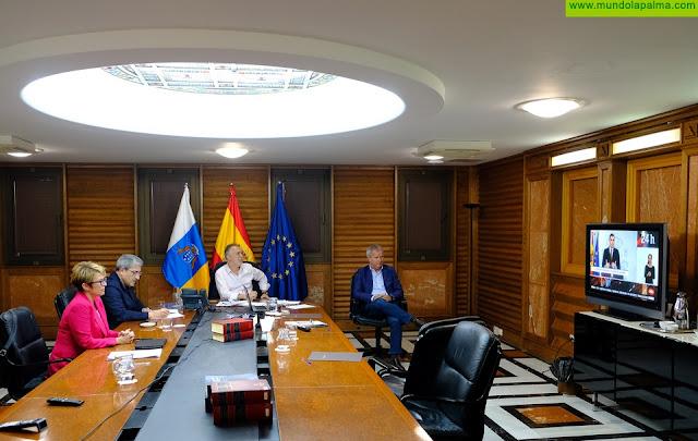 El Consejo de Gobierno de Canarias ha permanecido reunido ayer durante todo el día para hacer seguimiento de la situación de emergencia sanitaria por Covid-19