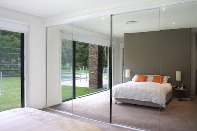 Hinged Wardrobe Doors vs Sliding Wardrobe Doors