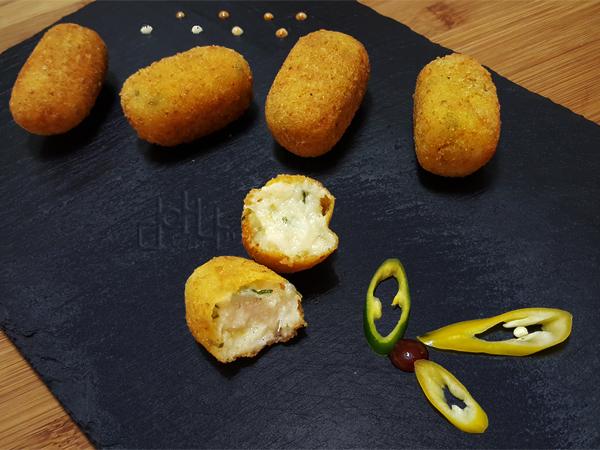 Croquetas de bacalao con pak choi