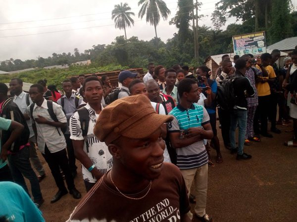 FUOYE Students Protest no-school-fee–no examination directive