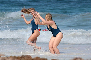 Iskra+Lawrence+and+Nina+Agdal+in+Sexy+Swimsuit+Wet+Girls+%7E+SexyCelebs.in+Exclusive+018.jpg