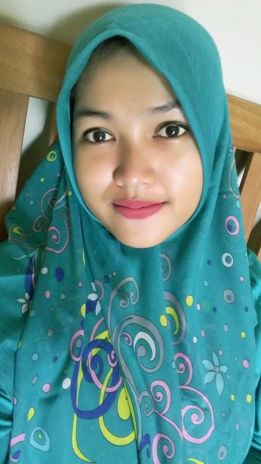 cewek dantik dan mansi jilbab instan
