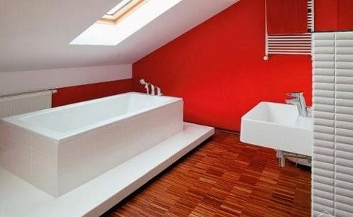 baño decorado blanco rojo
