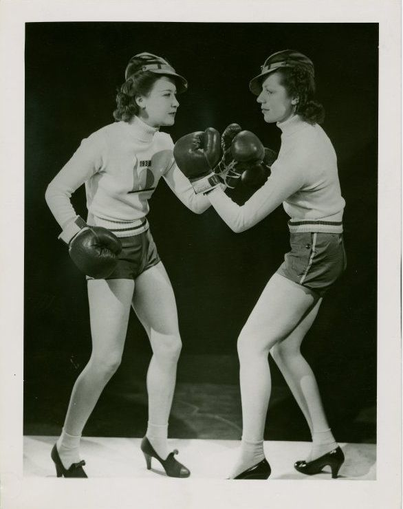 Funny Vintage Photos of Women Boxing in High Heels from the 1920s
