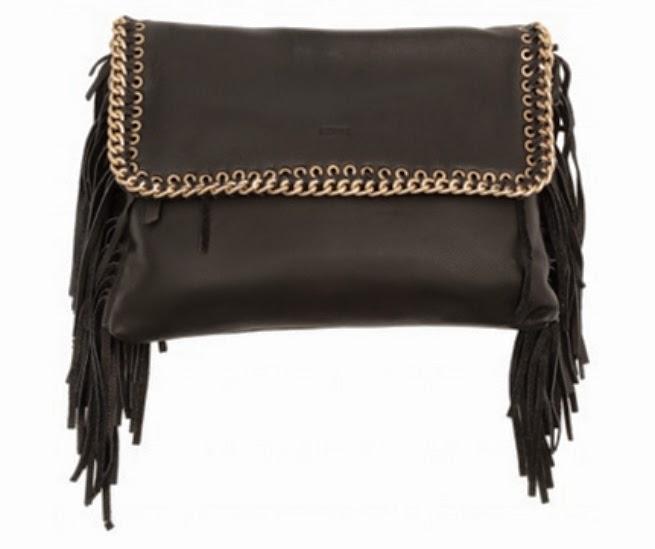 056be4826 A bolsa Corrente Franjas na cor preto e dourado, é uma das mais belas bolsas  da Schutz. Quebrando o tom de estilo clássico, essa bolsa é em couro macio,  ...