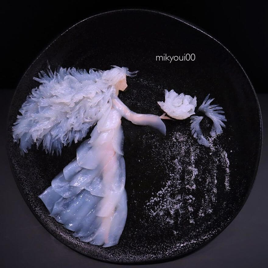 10-Snow-Queen-Mikyou-Sashimi-Art-in-Fish-Food-Art-www-designstack-co