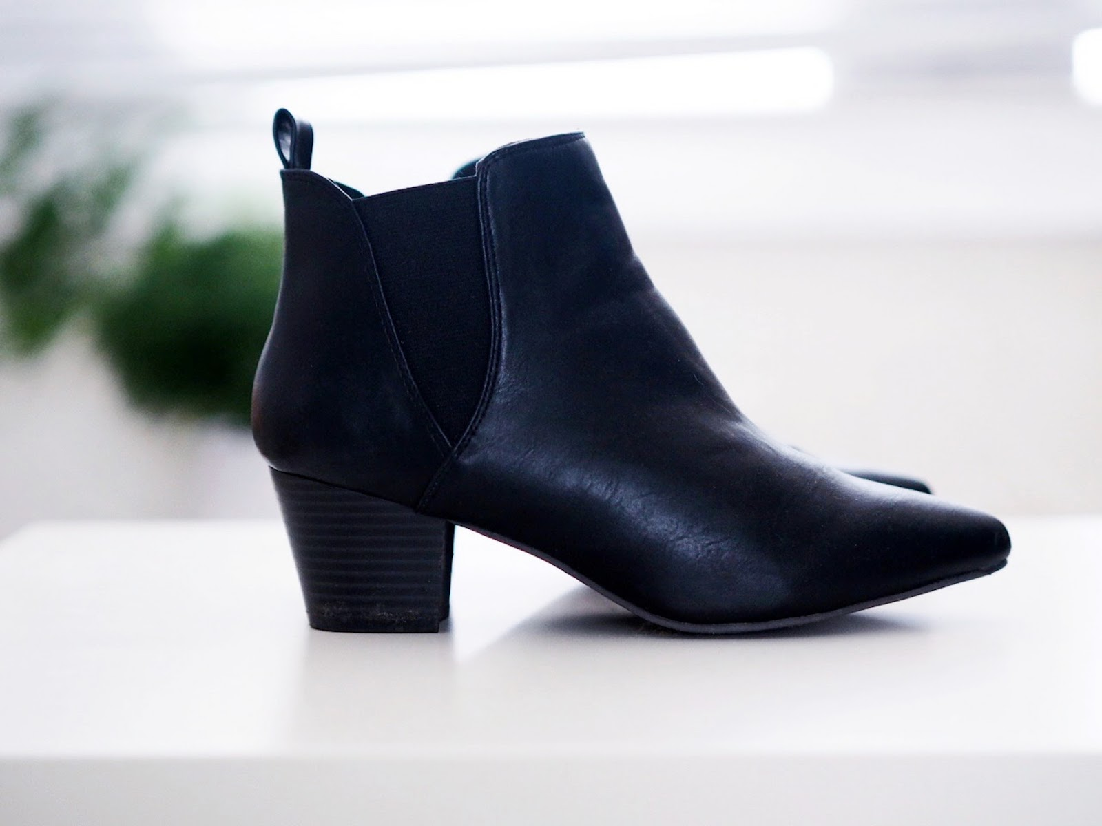 boots similar to acne jenson