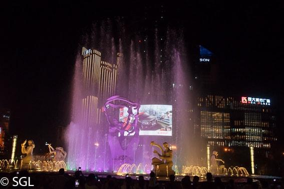 Espectaculo de la fuente en Hangzhou. De Guilin a Hangzhou