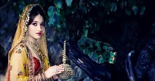 Tamanna Bhatia In Saree Wallpaper: Tollywood Hot Pics: Tamanna Bhatia In Vijaya Lakshmi Silks