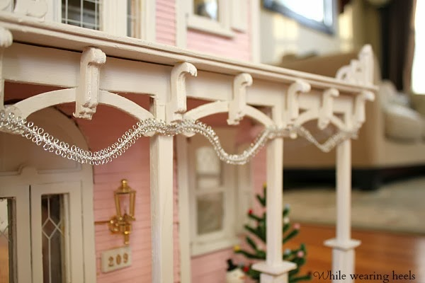Christmas Dollhouse Decorations.While Wearing Heels Christmas Dollhouse