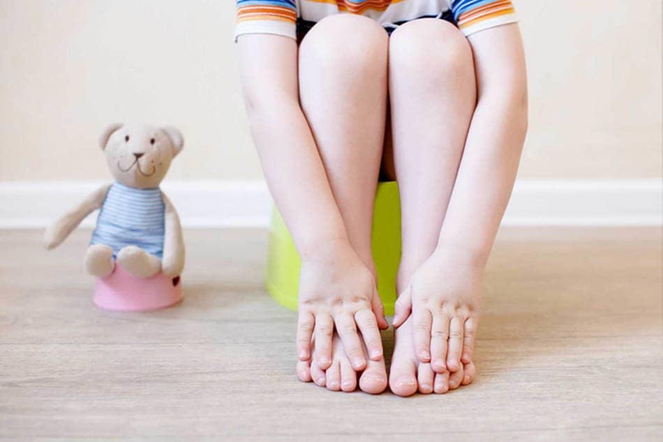 Çocuklarda kabızlık,Çocuklarda kabızlığın nedenleri,Bebeklerde kabızlık,Bebeğin kabızlığı nasıl geçer?,Çocuklarda kabızlık tedavisi nasıldır?,