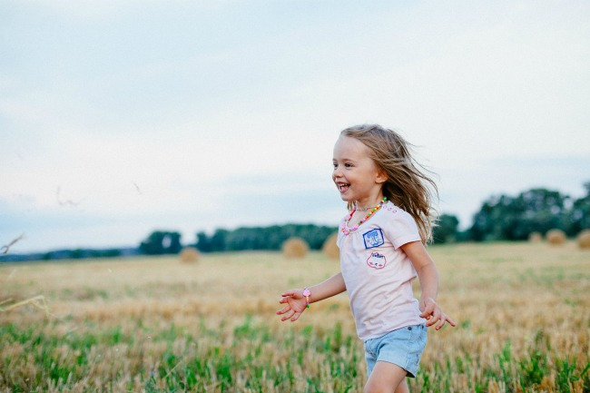 11 Things Your Child Needs For a Happy and Positive Beginning In Life
