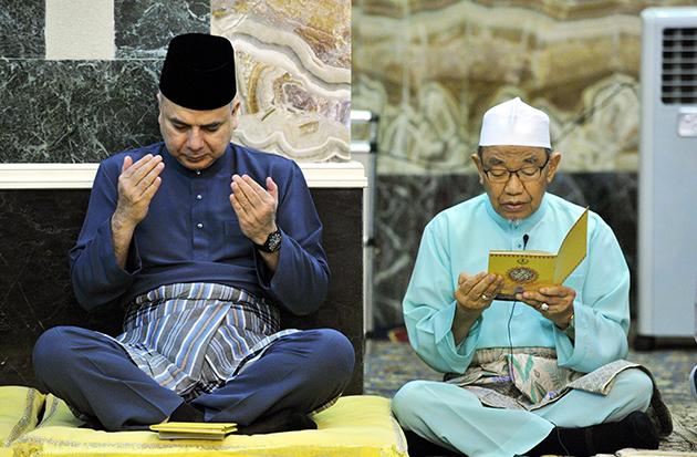 Tak Perlu Tunggu Jadi Ustaz, Anda Boleh Wakil Untuk Bacaan Doa Majlis Yang Mudah Dan Ringkas
